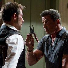 Bullet to the Head: Christian Slater e Sylvester Stallone in una scena