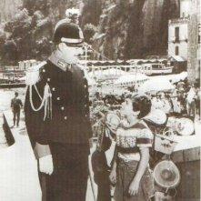 Il piccolo Gaetano Autiero con Vittorio De Sica in Pane amore e...