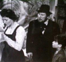 Il piccolo Gaetano Autiero ne I Girovaghi con Peter Ustinov e Carla Del Poggio