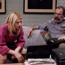 Homeland: Claire Danes e Mandy Patinkin in una scena dell'episodio State of Independence
