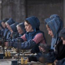 Anne Hathaway (al centro) in Les Misérables