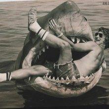 Steven Spielberg scherza sul set de Lo Squalo