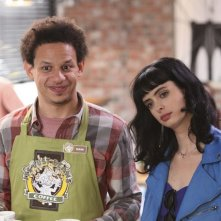 Don't Trust the Bitch in Apartment 23: Eric Andre e Krysten Ritter nell'episodio Daddy's Girl