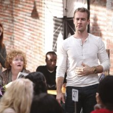 Don't Trust the Bitch in Apartment 23: James Van Der Beek in un momento dell'episodio Daddy's Girl