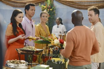 Private Practice: Caterina Scorsone, Benjamin Bratt, Kate Walsh e Paul Adelstein nell'episodio Mourning Sickness