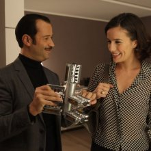 Studio illegale: Fabio Volo insieme a Zoé Félix in una scena