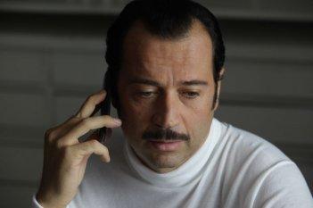 Studio illegale: il protagonista del film Fabio Volo in una scena del film