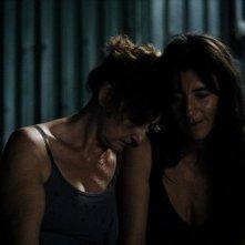 Vic + Flo Saw a Bear: Romane Bohringer con Pierrette Robitaille in una scena del film