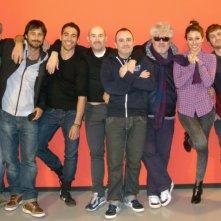 Gli amanti passeggeri: il cast del film in una foto promozionale