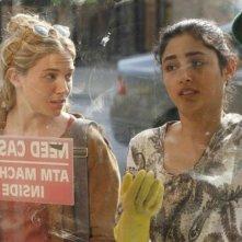 Just like a woman: Golshifteh Farahani insieme a Sienna Miller in una scena