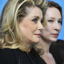 Berlinale 2013: Catherine Deneuve presenta On My Way con Emmanuelle Bercot