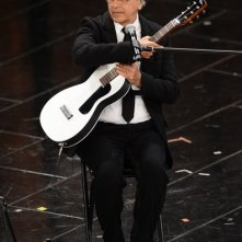 Sanremo 2013: Caetano Veloso durante la quarta serata