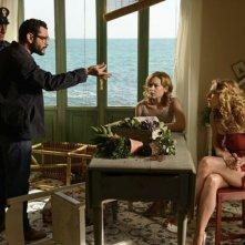 Amiche da morire: Vinicio Marchioni, Claudia Gerini e Cristiana Capotondi in un'immagine del film