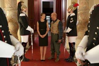 Benvenuto Presidente!: Claudio Bisio e Kasia Smutniak in una scena