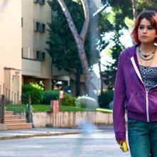 Buongiorno papà: la giovane Rosabell Laurenti-Sellers è Layla in una scena del film