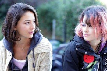 Buongiorno papà: Nicole Grimaudo e Rosabell Laurenti-Sellers in una scena