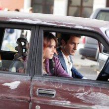 Buongiorno papà: Raoul Bova in auto con Rosabell Laurenti Sellers in una scena del film