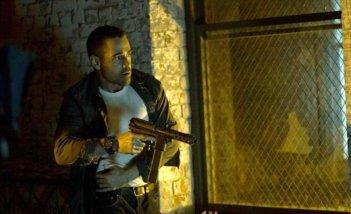 Dead Man Down - Il sapore della vendetta: Colin Farrell in azione in una scena