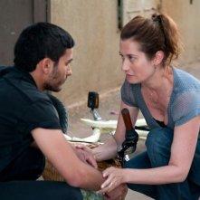 Le fils de l'autre: Emmanuelle Devos e Mehdi Dehbi in una scena del film