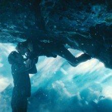 Upside Down: Kirsten Dunst e Jim Sturgess in una romantica e suggestiva scena