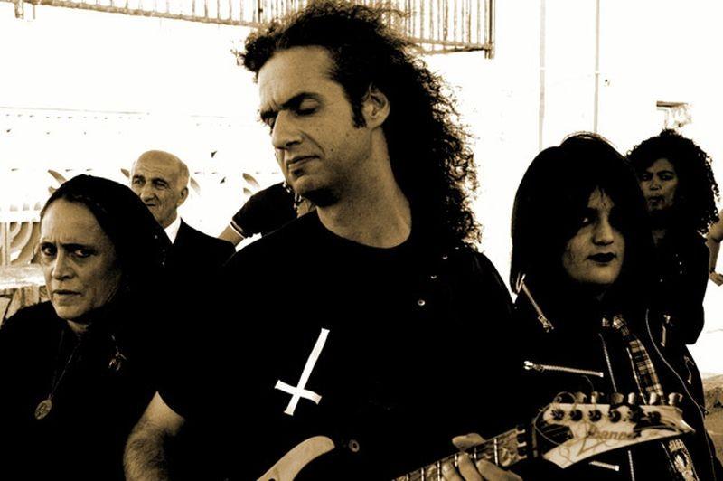 W Zappatore Il Chitarrista Marcello Zappatore In Una Scena Con Guia Jelo 266314