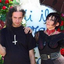 W Zappatore: il chitarrista Marcello Zappatore in una scena insieme a Monica Nappo