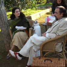 Evelyn Famà e Nino Frassica durante una pausa sul set del film Un Milione di Giorni di Manuel Giliberti