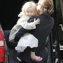 Vivienne con sua madre Angelina Jolie