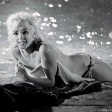 Marilyn Monroe sul set del film incompiuto Something's Got to Give in una foto pubblicata nel 2013