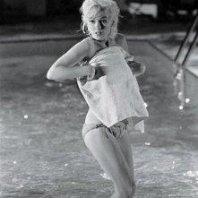 Marilyn Monroe sul set del film Something's Got to Give in una foto pubblicata nel 2013