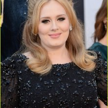 Oscar 2013: una splendida Adele sul red carpet