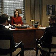 The Good Wife: Julianna Margulies, Matt Czuchry e Marc Warren nell'episodio I Fought the Law