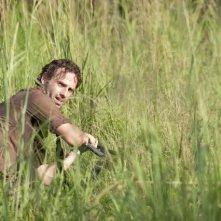 The Walking Dead: Andrew Lincoln in una scena dell'episodio Bentornato a casa
