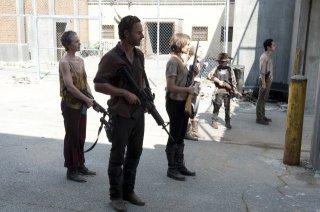 The Walking Dead: Andrew Lincoln, Melissa McBride, Lauren Cohan, Emily Kinney, Steven Yeun e Chandler Riggs nell'episodio Giuda