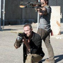 The Walking Dead: Norman Reedus e Michael Rooker in azione nell'episodio Giuda
