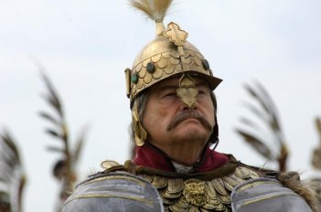 11 settembre 1683: Jerzy Skolimowski interpreta il Re Polacco Jan III Sobieski in una scena del film