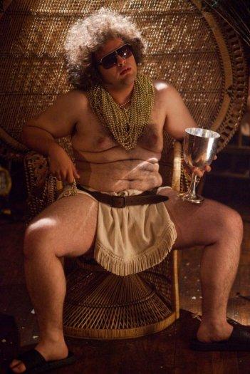 Un compleanno da leoni: Dustin Ybarra in una scena