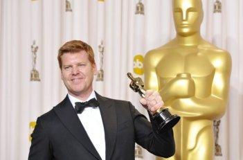Oscar 2013: John Kahrs con la statuetta vinta per la regia di Paperman