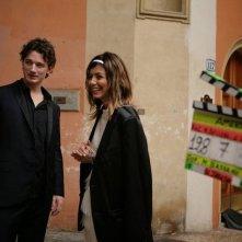 AmeriQua: Bobby Kennedy III insieme ad Alessandra Mastronardi sul set
