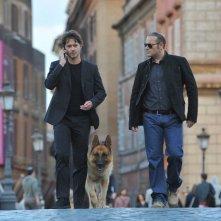 Rex 4: il protagonista Rex con Ettore Bassi e Domenico Fortunato in una scena della fiction