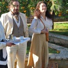 Sul set del film un milione di giorni: Nino Frassica ed Evelyn Famà (a destra)