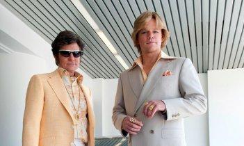 Behind the Candelabra: Matt Damon e Michael Douglas in un'immagine del biopic dedicato a Liberace