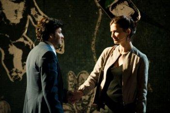 Eric Caravaca e Arly Jover in una scena de L'amore inatteso