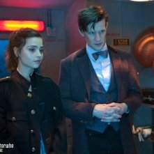Doctor Who: Matt Smith e Jenna-Louise Coleman in una scena dell'episodio The Bells of St John