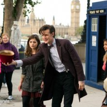 Doctor Who: Matt Smith e Jenna-Louise Coleman nell'episodio The Bells of St John