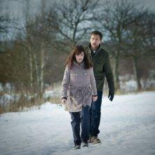 L'ipnotista: Tobias Zilliacus con Emma Mehonic in una scena del film