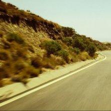 La Jaguar F-Type sfreccia in una scena del cortometraggio Desire, del 2013