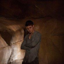 Max Irons nei panni di Jared in una scena del thriller fantascientifico The Host