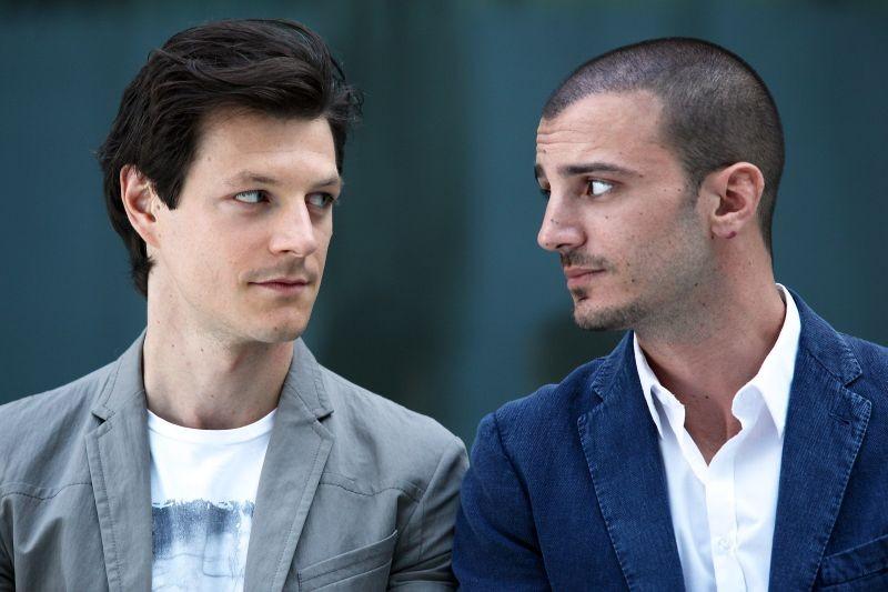Nicolas Vaporidis E Andrea Bosca Protagonisti Della Commedia Outing Fidanzati Per Sbaglio 267819