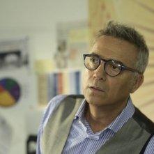 Outing - Fidanzati per sbaglio: Massimo Ghini è Roberto, direttore di Puglia Oggi e omosessuale non dichiarato